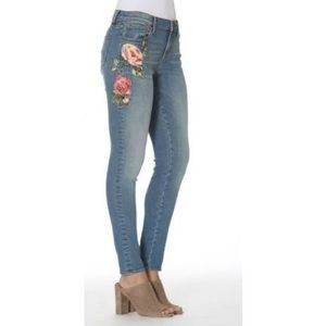 Denim - NEW Driftwood Skinny Jeans with Rose Embroidery